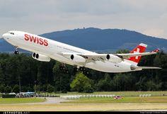 Swiss International Airbus A340-313 HB-JME flaring over the runway at Zürich-Kloten, June 2016. (Photo: Alessio Zausio)