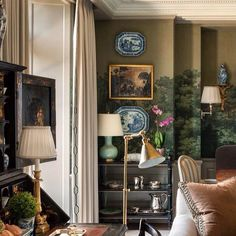 A fabulous Fifth Avenue pied-a-terre designed by @cathykincaidinteriors and architect John B. Murray. The @zuberofficial wallpaper was installed by the previous owner and incorporated into the new design plan. Via @habituallychic