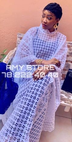 African Maxi Dresses, African Attire, African Wear, All White Party Outfits, African Lace Styles, Africa Dress, African Traditional Dresses, African Print Fashion, Abaya Fashion