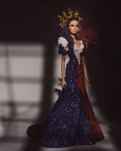 ugenia in Cho:lo Filipiniana This is actually a second take on my original design from years back when I was just starting with dolls. Couture Fashion, Fashion Dolls, Philippines Dress, Modern Filipiniana Gown, Original Barbie Doll, Diamond Dress, Crochet Barbie Clothes, Prom Looks, Pageant