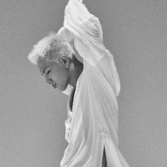 Long waiting Taeyang fans paid off. Bigbang boyband member will soon be releasing his third solo album, called White Night. It's known from the premiere footage ...