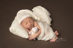 Newborn Baby Photos, Baby Girl Photos, Newborn Posing, Newborn Photo Props, Clothing Photography, Newborn Photographer, Photo Sessions, Headbands, Boy Or Girl