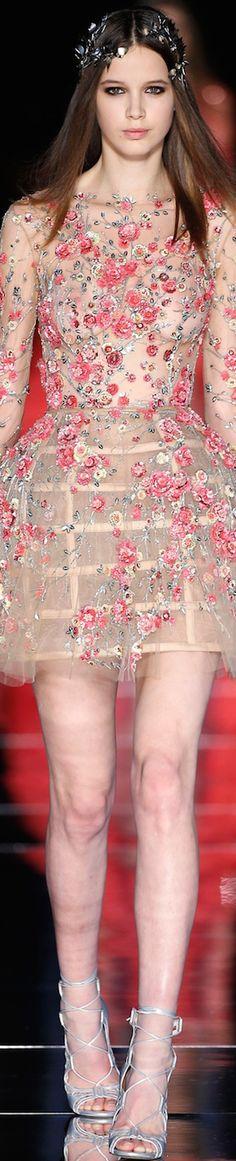 Zuhair Murad Spring 2016 Couture p/b LOLO via Marguerite Burrill Couture Fashion, Runway Fashion, Couture Dresses, Fashion Dresses, Zuhair Murad Dresses, Floral Fashion, Fashion Design, Casual Fashion Trends, Estilo Fashion
