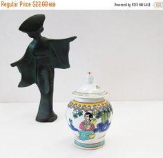 10% Off Christmas SALE Vintage Chinese Jar Lid by BygoneAllure