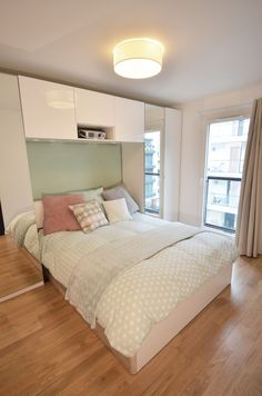 20 Closet Murphy Bed which is Very Practical for You to Use - Small Bedroom Designs, Murphy Bed, Bedroom Styles, Guest Bedrooms, Apartment Interior, Interior Design Living Room, Design Interior, Room Decor Bedroom, Modern Bedroom