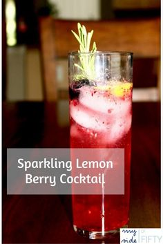 Berry Lemon Cocktail - A refreshing Summer Cocktail. Blackberries, Raspberries, Lemon, Sugar, Vodka & Club Soda.
