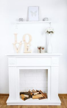 Faux Fireplace Mantels, Christmas Fireplace, Faux Fireplace Diy Cardboard, Faux Stone Electric Fireplace, Diy Heater, Diy Garden Furniture, Faux Brick, Living Room Designs, Decoration