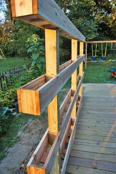 A DIY Freestanding Vertical Garden