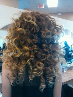 There was a time when permed hair was all the rage. Maybe today the spiral perm hairstyles are not as popular as they used to be but this doesn't make them
