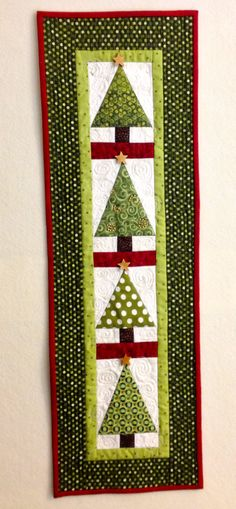 Smaller vertical version Christmas Tree Wall Hanging. Two trees could be turned in the other direction for a cute table runner.