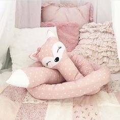 New Baby Diy Nursery Patterns Ideas Crib Pillows, Sewing Pillows, Kids Pillows, Baby Nursery Diy, Nursery Crib, Baby Bedroom, Kids Bedroom, Baby Nursery Organization, Room Organization