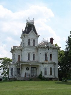 I know that it looks like the Adams' family lives here, but I would totally live here!!