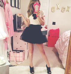 A feminine style blogger   Dresses, Decor, Purses + More  In and words   Jadorelexiecouture  @shopjadorelexiecouture ♡ Blog below