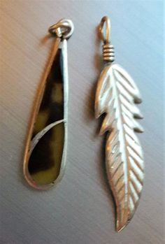Two Vintage Sterling Silver Leaf Feather and Stone Inlay Pendants 925 3.16 g