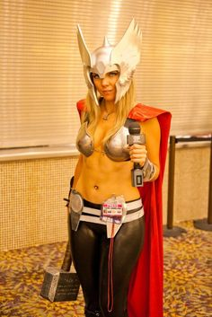 Lady Thor Phoenix ComiCon 2012
