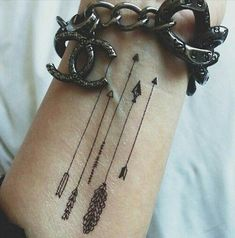 These simple yet attractive tattoos are a top choice among tattoo lovers of both sexes and all ages. Placement, meanings celebrities with arrow tattoos - Part 6