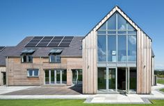 Gleneagels Eco House Glazed gable - SIPS Self build AC Architects… Style At Home, Renovation Facade, Barn Renovation, Sip House, Self Build Houses, Best Architects, Energy Efficient Homes, Timber Frame Homes, Dream House Exterior