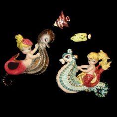 MINT Rare Vintage Lefton Mermaid & Seahorse Fish Wall Plaque Old Ceramic Hanging Vw Vintage, Vintage Walls, Vintage Stuff, Vintage Mermaid, Mermaid Art, Cute Whales, Mermaids And Mermen, Vintage Classics, Merfolk