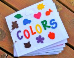 COLORS quiet book/felt book/busy book with por AlwaysSewinSomethin