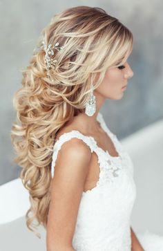 elegant-bridal-half-up-hairstyles.jpg (600×924)