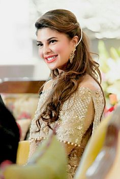 Bollywood Actress and Fashion Icon Jacqueline Fernandez . Jacqueline Fernandez, Beautiful Bollywood Actress, Beautiful Indian Actress, Beautiful Actresses, Crystal Reed, Indian Celebrities, Bollywood Celebrities, Girl Celebrities, Bollywood Stars