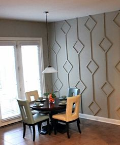 before & after: dining nook diamond wall design Think outside the box when considering an accent wall. Try this treatment for a unique focal point. Diy Wand, Gray Striped Walls, Inspiration Wand, Diy Home Decor, Room Decor, 3d Wall Decor, Unique Wall Decor, 3d Wall Art, Wall Decorations