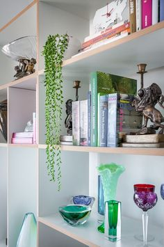 Reader's home - Scott's new pad in Tel Aviv