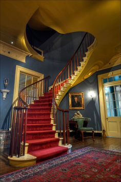Houmas House Plantation - another view (full-length) of that gorgeous staircase