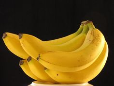 BENEFICIOS DEL CONSUMO DE BANANAS #beneficios #saludable #bananas