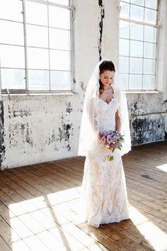 Bruid tijdens fotoshoot bij De Fabrique in Utrecht
