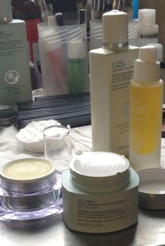 Liz Earle essentials for the perfect canvas   Behind the scenes at @Markus Lupfer   #LFW #LizEarle @Lucy Burt