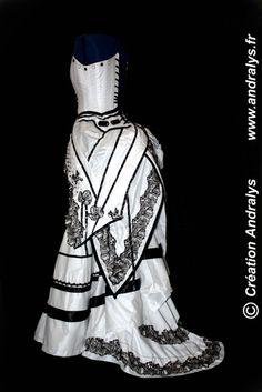 Andralys - Robes de mariée sur mesure sur Nantes, Rennes, Paris, Amiens: Robe de mariée à tournure modernisée