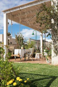להגשים חלום במושב | עיצוב והלבשת הבית - WALLS : WALLS Pergola, Outdoor Structures, Patio, Country, Israel, Outdoor Decor, Interiors, Home Decor, Templates
