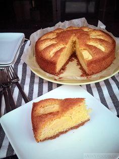 Cake met appel en een bodem van speculaas