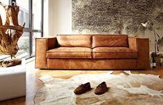 Robustes Sofa Sassari von Meubelindustrie het Anker in Afrika-Leder Small Sectional Sofa, Couch, Long Chair, Home Interior Design, Interior Decorating, Living Room Furniture, Living Room Decor, Dining Room, Tadelakt