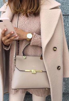 into spring with key wardrobe pieces from JD Williams newest collection Perfect spring all pastel color outfit.Perfect spring all pastel color outfit. Fashion Mode, Look Fashion, Winter Fashion, Fashion Trends, Fashion Styles, Fashion Inspiration, Feminine Fashion, Fashion Spring, Daily Inspiration