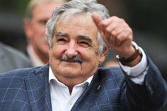 """Dez frases marcantes de José Mujica, o """"Queridinho"""" – Leia no Sem medo da verdade - http://www.semmedodaverdade.com.br/amorim-sangue-novo/dez-frases-marcantes-de-jose-mujica-o-queridinho/"""