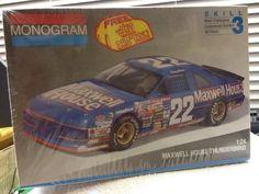 Monogram Sterling Marlin Maxwell House #22 T-Bird NASCAR 1/24th Model Kit 1991 #Monogram