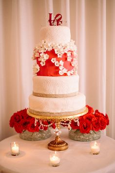 Wedding cake - red