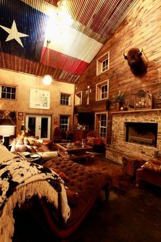 Down Home Texas Living room   LOVE this!!!