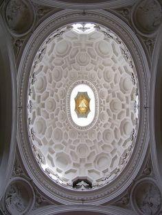 Church of Saint Charles at the Four Fountains - borromini, Sun Carlo Quattro fontan Borromini. Photo by Alessabdoro