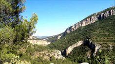 El Estrecho de Priego es una profunda hoz natural abierta por el rió Escabas, en el que a través de la carretera se unen las localidades de Priego y Cañamares, en plena Serrania de Cuenca.