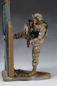 Military Series 5 action figures - Another Pop Culture Collectible Review by Michael Crawford, Captain Toy