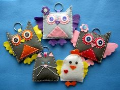 Tutorial gufetto-Little Owl tutorial Owl Crafts, Yarn Crafts, Fabric Crafts, Sewing Crafts, Diy And Crafts, Arts And Crafts, Felt Owls, Felt Animals, Sewing Projects For Kids