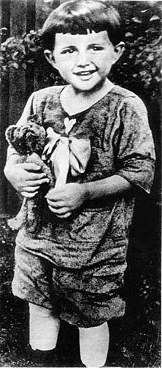 Liberace age 3