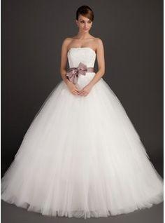 Bröllopsklänningar - $207.99 - Balklänning Axelbandslös Sopa Tåg Satin Tyll Bröllopsklänning med Spets Skärpband  http://www.dressfirst.se/Balklaenning-Axelbandsloes-Sopa-Tag-Satin-Tyll-Broellopsklaenning-Med-Spets-Skaerpband-002015495-g15495