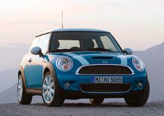 mini coopers are such a cute car