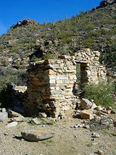 Alamo ruins at the Alamo Springs and Wild Burro Hike, Marana, AZ.