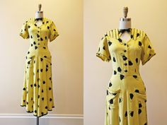 FRICK 40s Dress - Vintage 1940s Dress - Novelty Print Handbag Yellow Black Linen Rayon Day Dress M L - Sunshine in a Bag