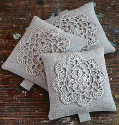 Lavender sachets crochet motif set of 3 by namolio on Etsy. Crochet Borders, Crochet Motif, Crochet Designs, Crochet Crafts, Crochet Yarn, Crochet Hooks, Crochet Patterns, Lavender Crafts, Lavender Bags